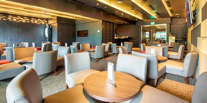 Bar Seats of Revel Bistro & Bar at Marina Square in City Hall, Singapore