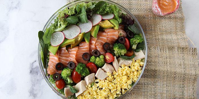 Cobb Salad with Salmon at Pasta House AWkitchen Plaza Senayan