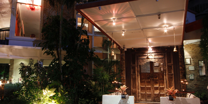 Entrance to Indus Contemporary Indian Dining in Upper Sukhumvit, Bangkok