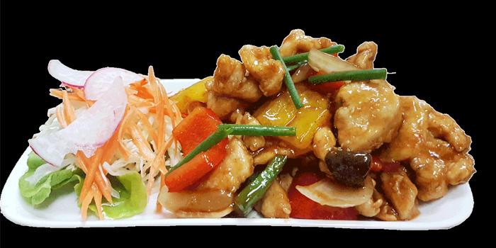 Food from The Tavern in Kata, Phuket, Thailand