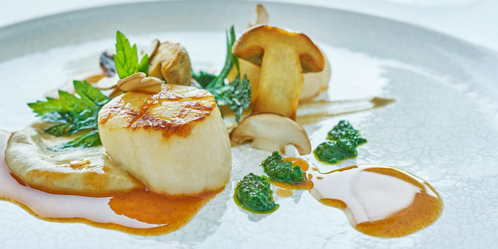 Grilled Sea Scallops, Rech by Alain Ducasse, Tsim Sha Tsui, Hong Kong