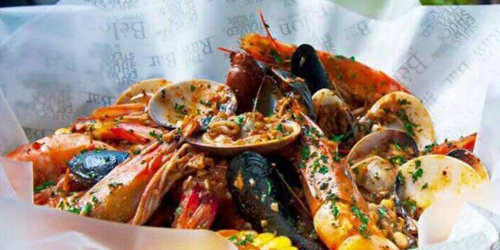 Louisiana Style Seafood from The Raw Bar at 494, The Erawan Bangkok Ploenchit Road, Pathumwan Bangkok