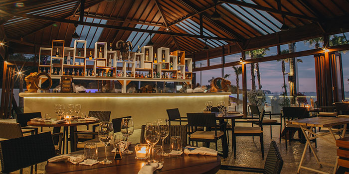 Bar from El Kabron Spanish Restaurant & Cliff Club in Jimbaran, Bali