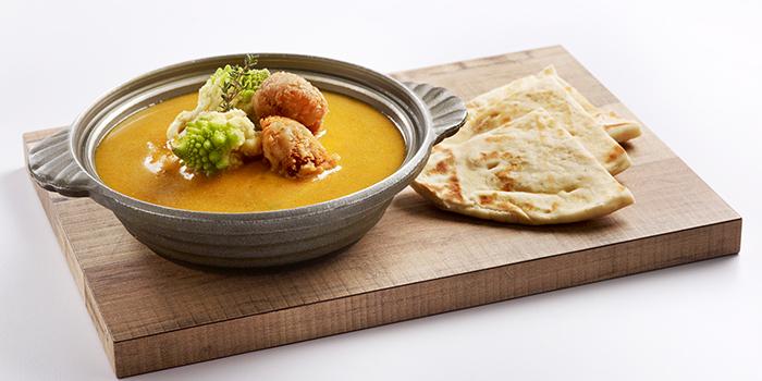 Asian Curry with Naan Breadfrom Elemen @ Millenia Walk in Promenade, Singapore