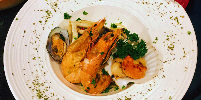 Prawns from The Lazy Garden Cafe in City Square Mall in Little India, Singapore