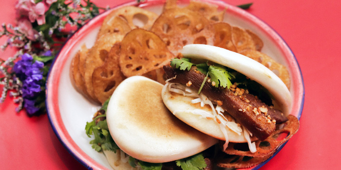 Braised Pork Bao from Zui Hong Lou on Club Street in Tanjong Pagar, Singapore