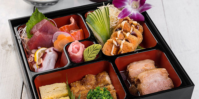 Ebisuya Bento at Ebisuya Maxx Box