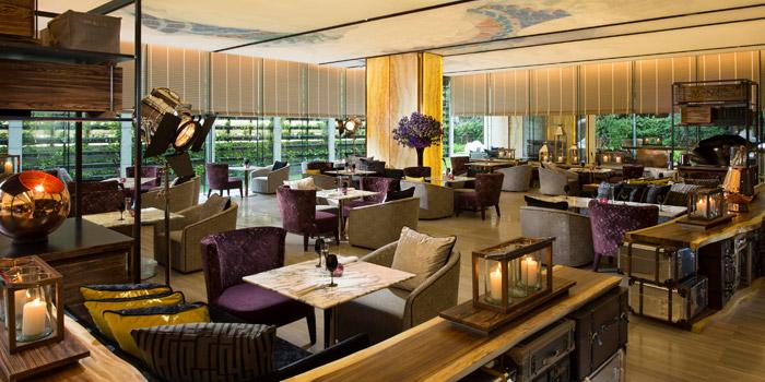 Ambience of Mondo at Hilton Hotel Sukhumvit Bangkok 11 Sukhumvit Soi 24 Bangkok