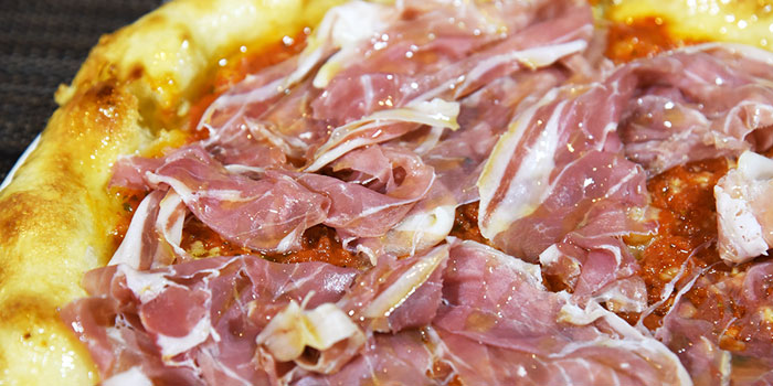 Cooked Ham Pizza, The Italian Club Wine Bar, Steak House & Pizza Gourmet, SOHO, Hong Kong