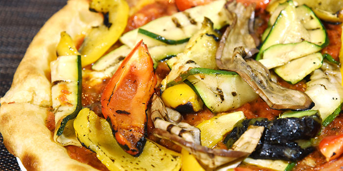 Grilled Vegetables Pizza, The Italian Club Wine Bar, Steak House & Pizza Gourmet, SOHO, Hong Kong