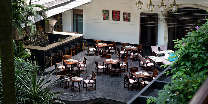 Outdoor Seating of Aqua at Anantara Siam, 155 Ratchadamri Road, Bangkok