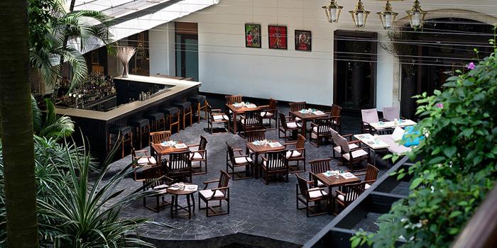 Outdoor Seating of Aqua at Anantara Siam, 155 Ratchadamri Road, Bangkok