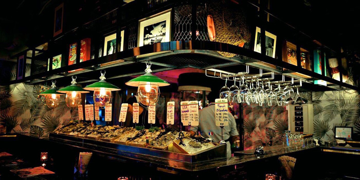 Seafood Bar from The Raw Bar at 494, The Erawan Bangkok Ploenchit Road, Pathumwan Bangkok