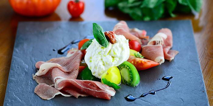 Creamy Burrata cheese with fresh tomatoes basil salad and 24 month Parma, Cucina, Tsim Sha Tsui, Hong Kong