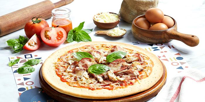 Relish Pizza at Relish Bistro