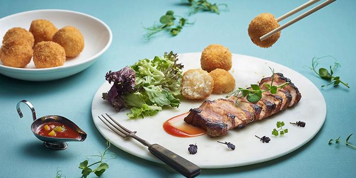 Hainanese Pork Chop from Shashlik Restaurant at Far East Shopping Centre in Orchard, Singapore