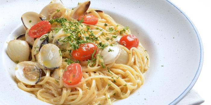 Linguine with Clams in White Wine Sauce from A*MUSE Zichar + Bistro Concept in Outram, Singapore