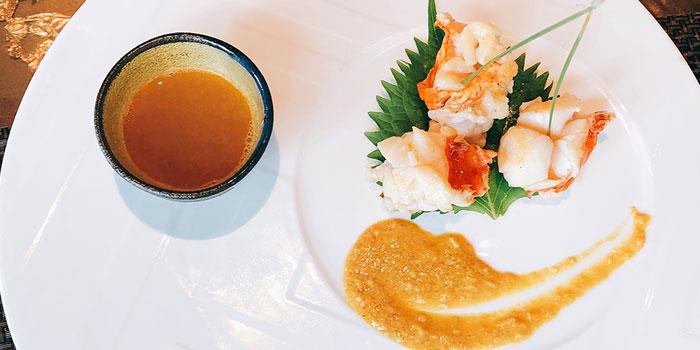 Live Lobster with Lobster Soup, Kamon Teppanyaki, Causeway Bay, Hong Kong