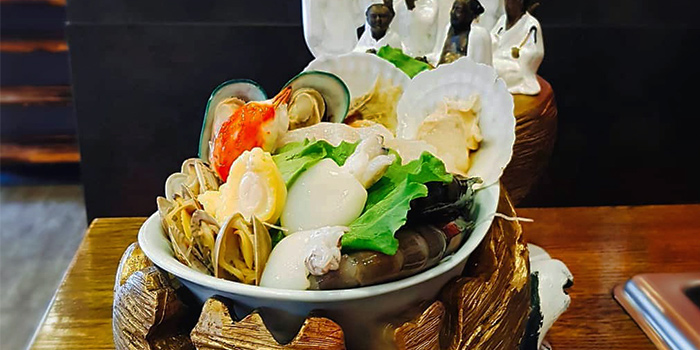Seafood Selection from Hotpot Heroes 火鍋英雄 in Tanjong Katong, Singapore