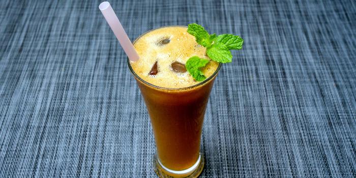 Apple Juice from Maya