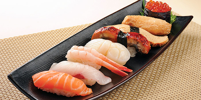 Nigiri Sushi 8 Kinds from Shimbashi Soba at Paragon in Orchard, Singapore