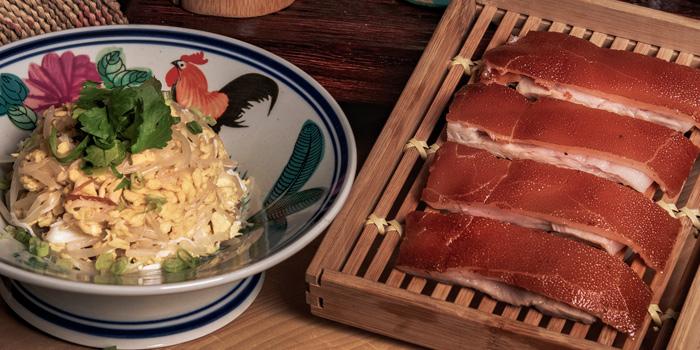Suckling Pig, Yat Tung Heen, Jordan, Hong Kong