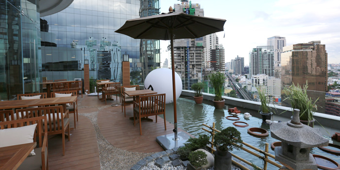 Outdoor Seating of Mugendai Penthouse at The Emquatier, The Helix 9fi. 693 Sukhumvit Road Khlong Toei Nuea, Wattana Bangkok