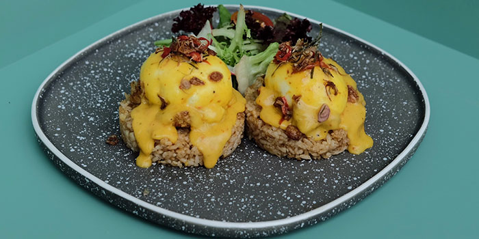 Balinese Eggs Benedict at Ottoman