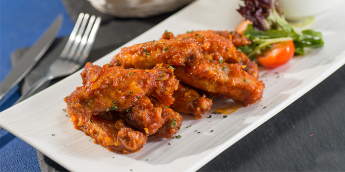 Buffalo Wings, Delizia Kitchen, Causeway Bay, Hong Kong