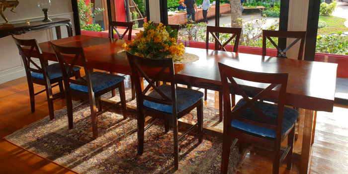 Dining Area of Supatra River House at 266 Soi Wat Rakhang Arunamarin Road Siriraj, Bangkok Noi Bangkok
