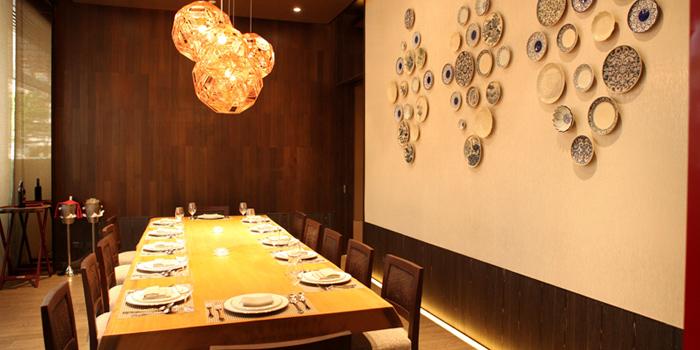 Dining Area of Saneh Jaan at G/F, Sindhorn Tower 130-132 Wireless Road Pathumwan Bangkok
