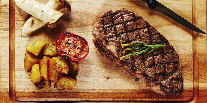 New York Strip Steak from New York Style Steak & Burger at 28 Soi Sukhumvit 22 Park 22 Bangkok, Khlong Toei Bangkok