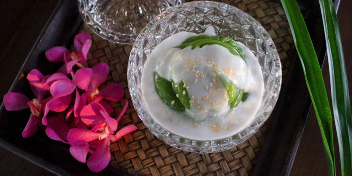 Pandant Pudding with Coconut from Supatra River House at 266 Soi Wat Rakhang Arunamarin Road Siriraj, Bangkok Noi Bangkok