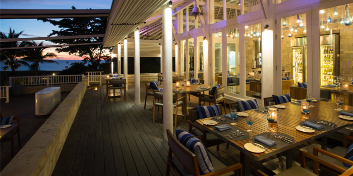 Restaurant Ambiance of Sea Fire Salt at Anantara Maikhao Resort, Phuket, Thailand.