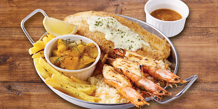 Flame Platter from The Manhattan Fish Market (Marina Square) in City Hall, Singapore