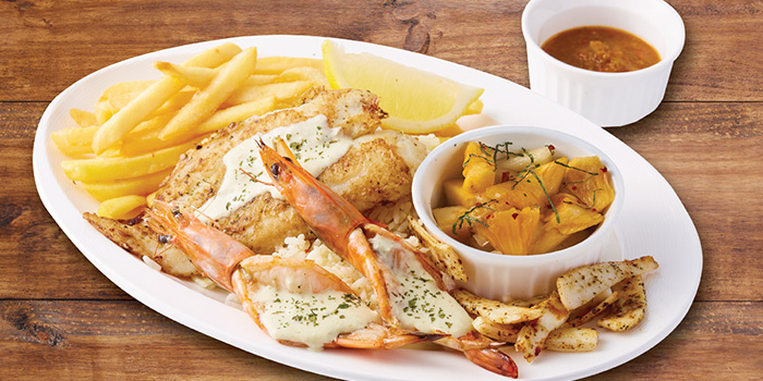 Grill Platter from The Manhattan Fish Market (Marina Square) in City Hall, Singapore