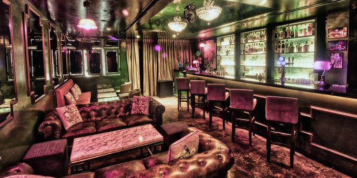 Interior of Mona Lounge in Telok Ayer, Singapore