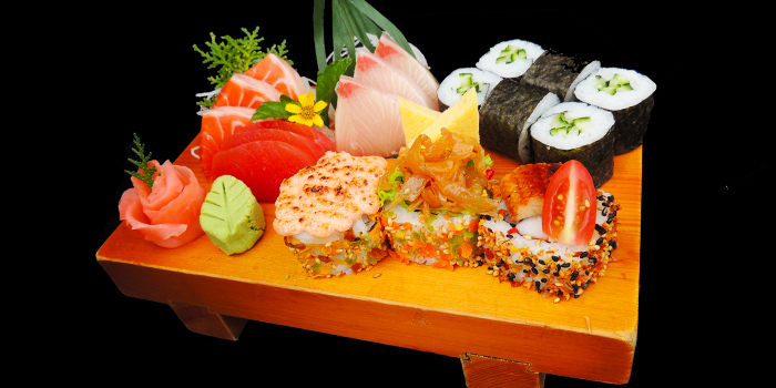 Sashimi & Sushi from Tenkaichi Japanese BBQ Restaurant (Cineleisure) in Orchard, Singapore