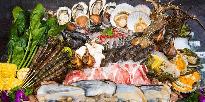 Food Platter from Sea Tripod @ Garden in Jurong, Singapore