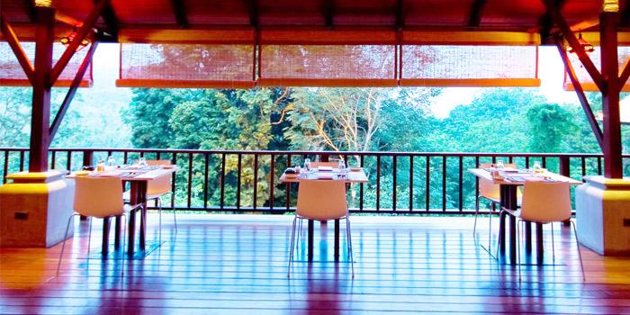 Ambiance from Bambu Restaurant in Chalong, Phuket, Thailand