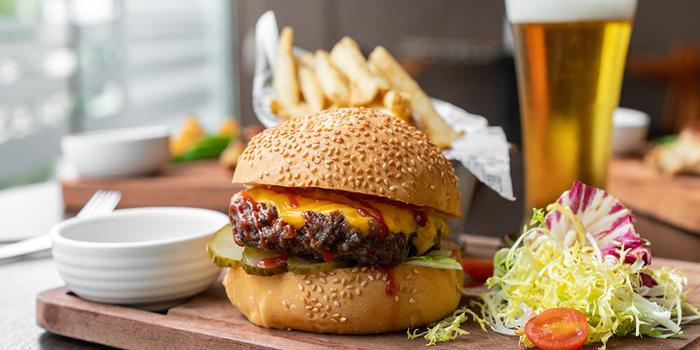 Burger, Tom Bar & Grill, Shatin, Hong Kong