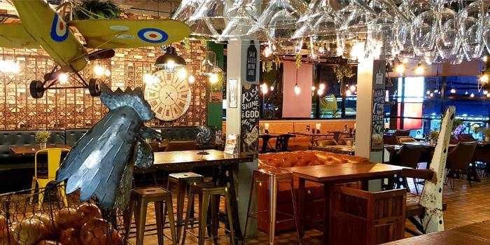 Atmosphere of The Zula Phuket Turkish Restaurant & Cafè Patong in Patong, Phuket, Thailand.