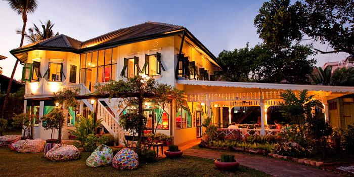 Exterior of Issaya Siamese Club at 4 Soi Sri Aksorn, Chua Ploeng Toong Maha Mek, Sathorn Bangkok