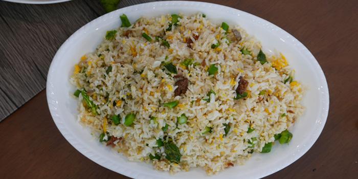 Signature Fried Rice from Baan Kanploo at 445/1 Pradit Manutham Road Wang Thonglang, Bangkok