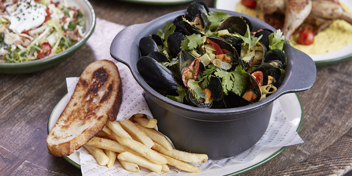 Mussel Pot, FRITIES Belgium on Tap, Causeway Bay, Hong Kong