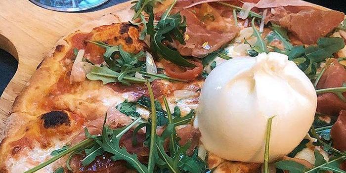Pizza from Sbaliatio Kitchen & Bar in Telok Ayer, Singapore