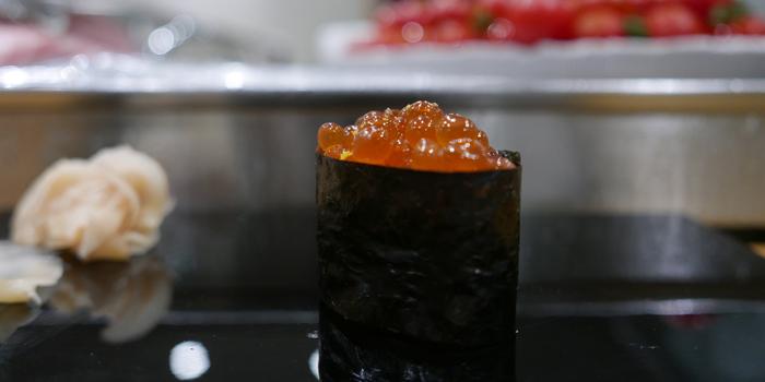 Salmon Roll from Sushi Cyu & Carnival Yakiniku at 303-304 87/2 Witthayu Road Lumphini, Pathumwan Bangkok