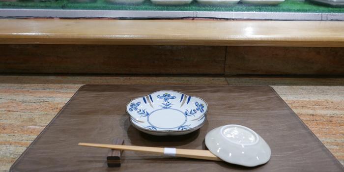 The Table Set up of Sushi Cyu & Carnival Yakiniku at 303-304 87/2 Witthayu Road Lumphini, Pathumwan Bangkok
