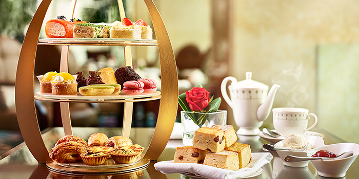 3-Tier High Tea Set with Chocolate Streusel from The Rose Veranda in Shangri-La Hotel in Orchard, Singapore
