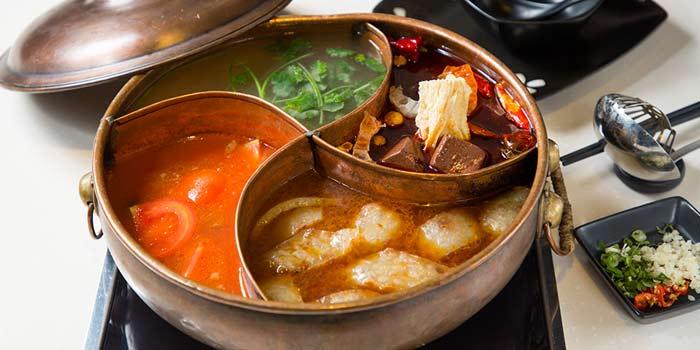 4-Flavour Hotpot, Wulu Bar & Restaurant, Tsim Sha Tsui, Hong Kong